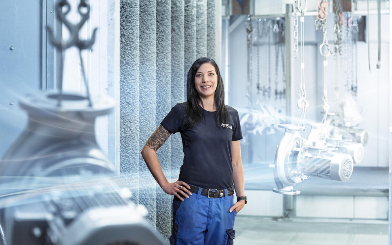 Stefanie Wetli, Repairs department employee